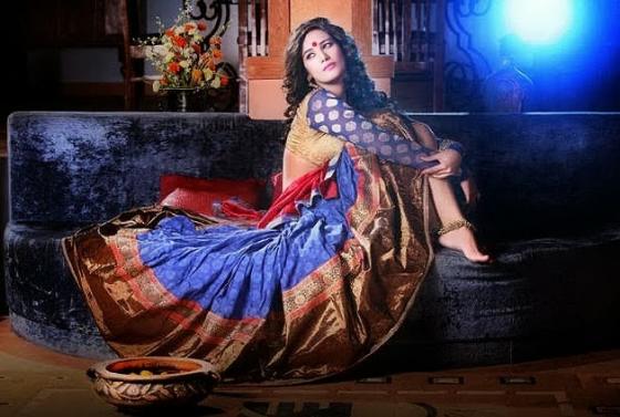 poonam-pandey-diwali-photos-3