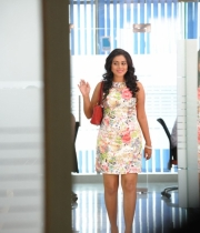 425_4_poorna-photos-from-nuvvala-nenila-movie-4