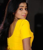 poorna-in-yellow-saree-photos-20