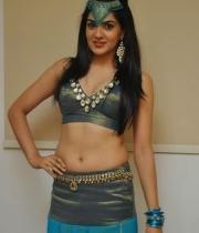 potugadu-movie-heroine-sakshi-chowdary-photos-10