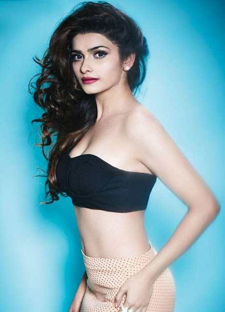 prachi-desais-hot-photoshoot-for-fhm-india-august