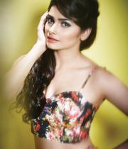 prachi-desai-hot-photoshoot-for-fhm-india-august-2013-magazine-1