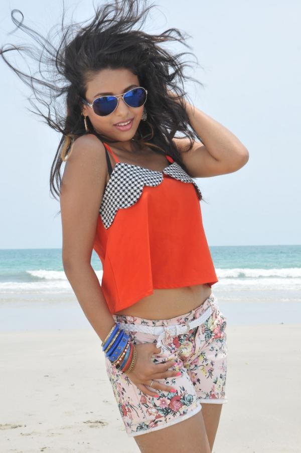 pramela-hot-beach-photos-11