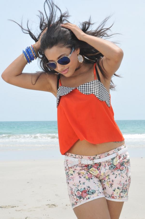 pramela-hot-beach-photos-18