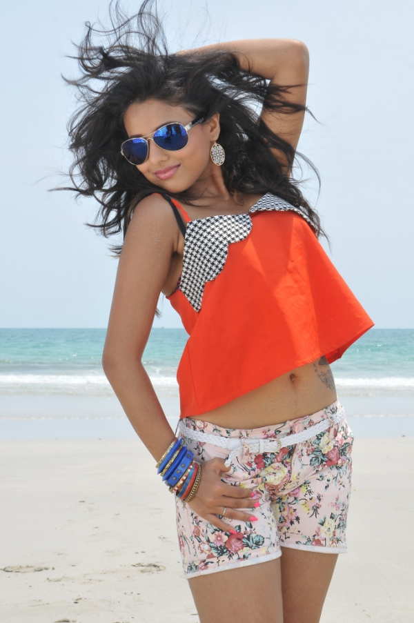 pramela-hot-beach-photos-5