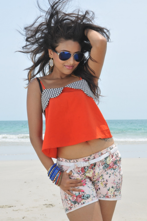 pramela-hot-beach-photos-7