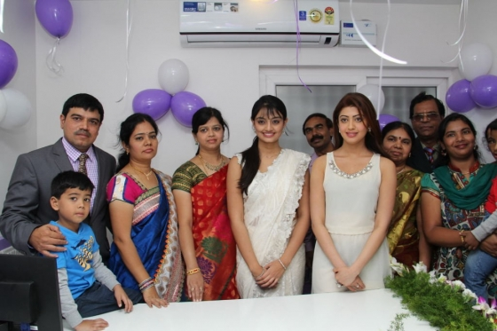 pranitha-and-nikitha-launch-homeo-trends-super-speciality-hospital-4