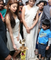 pranitha-and-nikitha-launch-homeo-trends-super-speciality-hospital-3