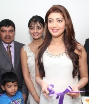 pranitha-and-nikitha-launch-homeo-trends-super-speciality-hospital-32