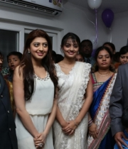 pranitha-and-nikitha-launch-homeo-trends-super-speciality-hospital-9
