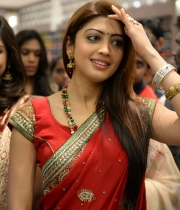 pranitha-photos-at-kalamandir-new-showroom-launch-20