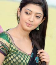 pranitha-latest-hot-photos-in-saree-11
