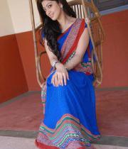 pranitha-latest-hot-photos-in-saree-17
