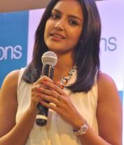 priya-anand-at-pantaloons-store-launch2