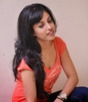 priya-banerjee-latest-photos-orange-tshirt-1