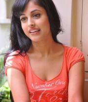 priya-banerjee-latest-photos-orange-tshirt-10