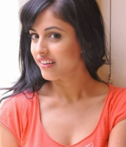 priya-banerjee-latest-photos-orange-tshirt-12