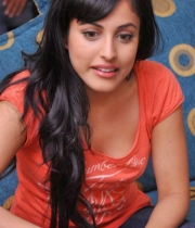 priya-banerjee-latest-photos-orange-tshirt-2
