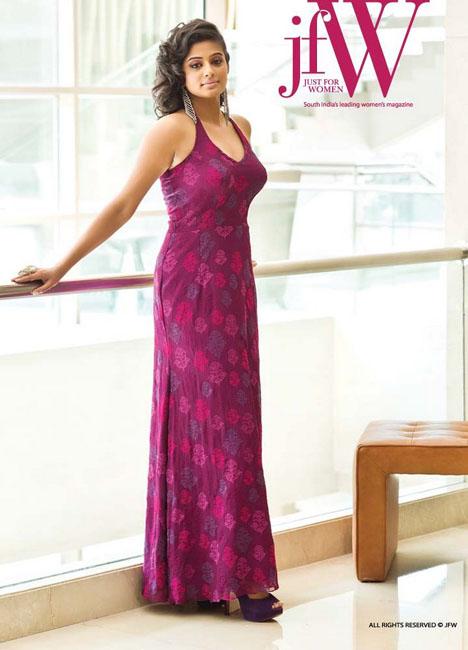 priyamani-hot-photoshoot-for-jfw-cover-4