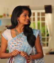 priyamani-latest-saree-stills-10