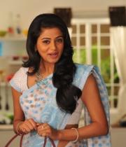 priyamani-latest-saree-stills-6