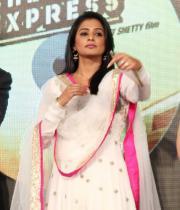 priyamani-photos-at-chennai-express-audio-launch-9