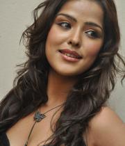 priyanka-chabra-hot-images-10