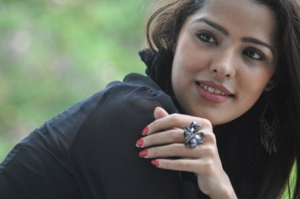 priyanka-chhabra-new-photos-13