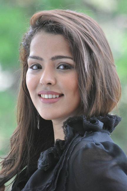 priyanka-chhabra-new-photos-16