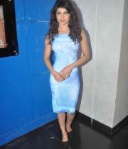 priyanka-chopra-photos-at-indian-idol-juniors-2
