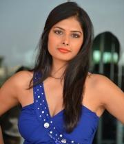 priyanka-shah-hot-photo-stills-at-kingfisher-fashion-week-event-100