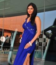 priyanka-shah-hot-photo-stills-at-kingfisher-fashion-week-event-16