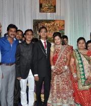producer-paras-jain-daughter-wedding-photos-6