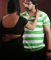 raj-mahal-movie-hot-photos-8