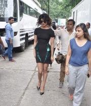 ram-charan-and-priyanka-chopra-on-jhalak-dikhla-jaa-04