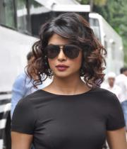 ram-charan-and-priyanka-chopra-on-jhalak-dikhla-jaa-06