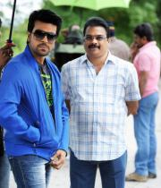ram-charan-naayak-working-stills-114