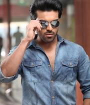ram-charans-yevadu-movie-stills-7