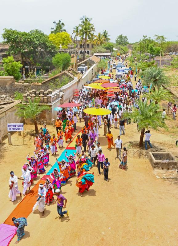 ramcharan-and-upasana-at-domakonda-fort