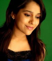 actress-rashmi-gautam-hot-stills1380379804