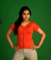 actress-rashmi-gautham-hot1380379804