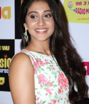 regina-photos-at-mirchi-music-awards-117