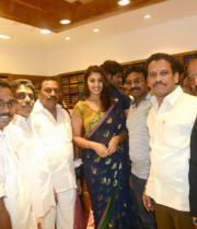 richa-gangopadhyay-at-raviteja-textiles-launch-11