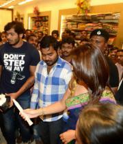 richa-gangopadhyay-at-raviteja-textiles-launch-13