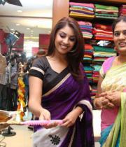 richa-gangopadhyay-at-sreeja-fashions-3rd-anniversary-21