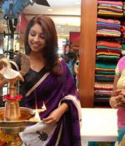 richa-gangopadhyay-at-sreeja-fashions-3rd-anniversary-22