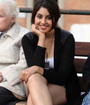 richa-gangopadhyay-latest-hot-stills-21