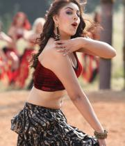 richa-gangopadhyay-navel-show-in-mirchi-05
