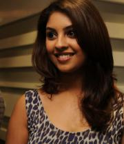 richa-gangopadhyay-photos-at-micromax-canvas-hd-4-launch-03
