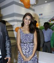 richa-gangopadhyay-photos-at-micromax-canvas-hd-4-launch-07